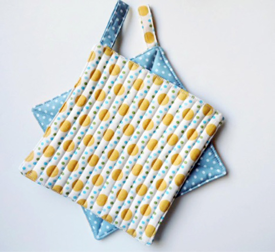 Fast Easy Fat Quarter Potholders Free Project Ct Publishing